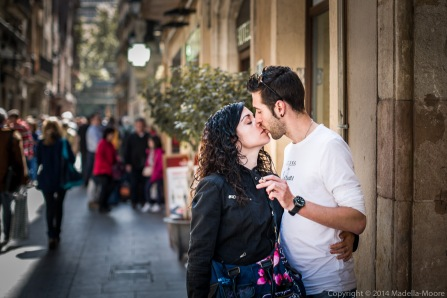 Kiss - Street Photography - Barcelona