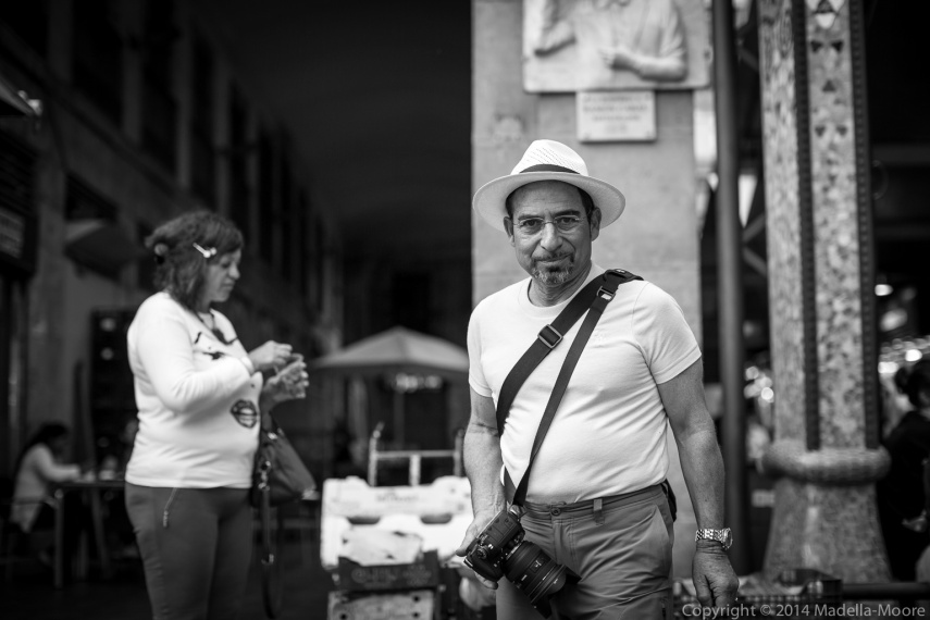 Street Photographer with Nikon D6x0 and Sigma 50mm lens, Barcelona