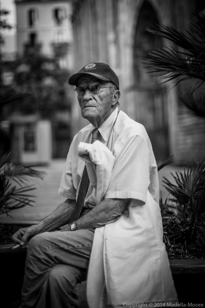 Old man sitting, Plaça del Pi, Barcelona