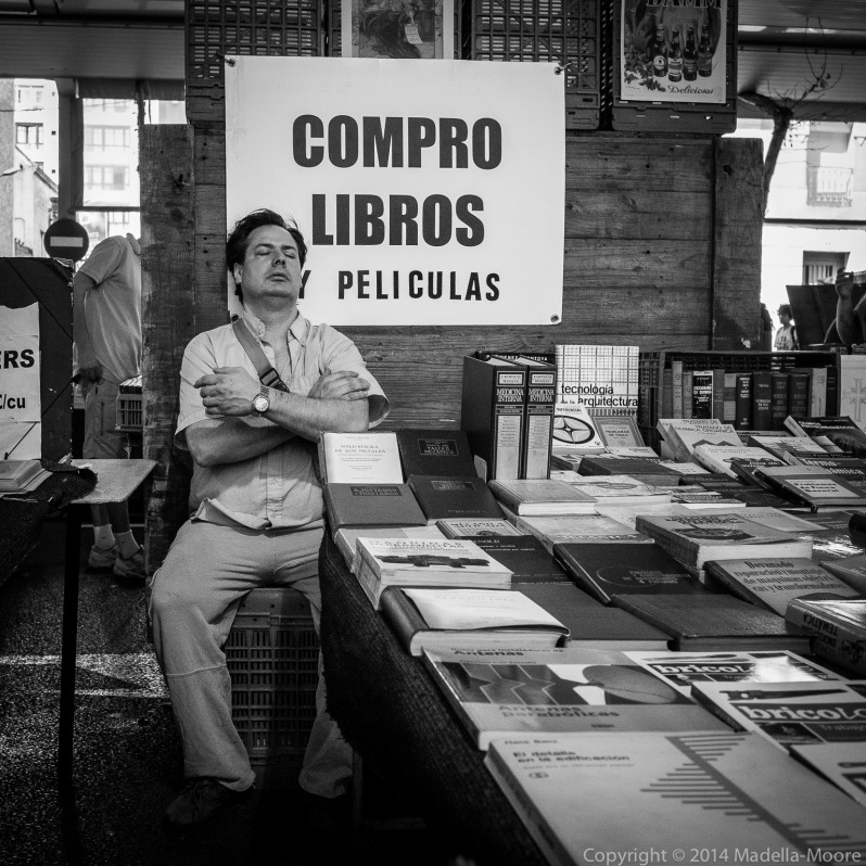 Sleepy Sunday Morning Book Market, Barcelona