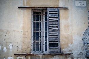 Window, Bellano, Italy