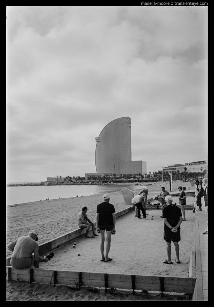 Game playing, Playa de Sant Sebastian, Barceloneta, Barcelona.