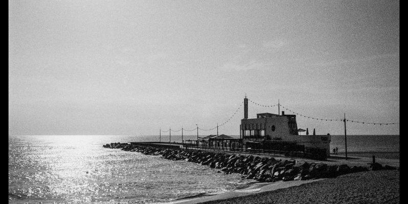 Boo Restaurant and Beach Club, Mar Bella, Barcelona. Leica M7 with Zeiss ZM 2/35.