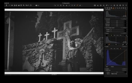 Capture One: film scan import as RGB TIFF.
