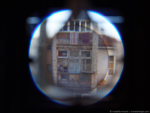 Using the pop-up magnifier does not help much when trying to get pin-point focus accuracy.