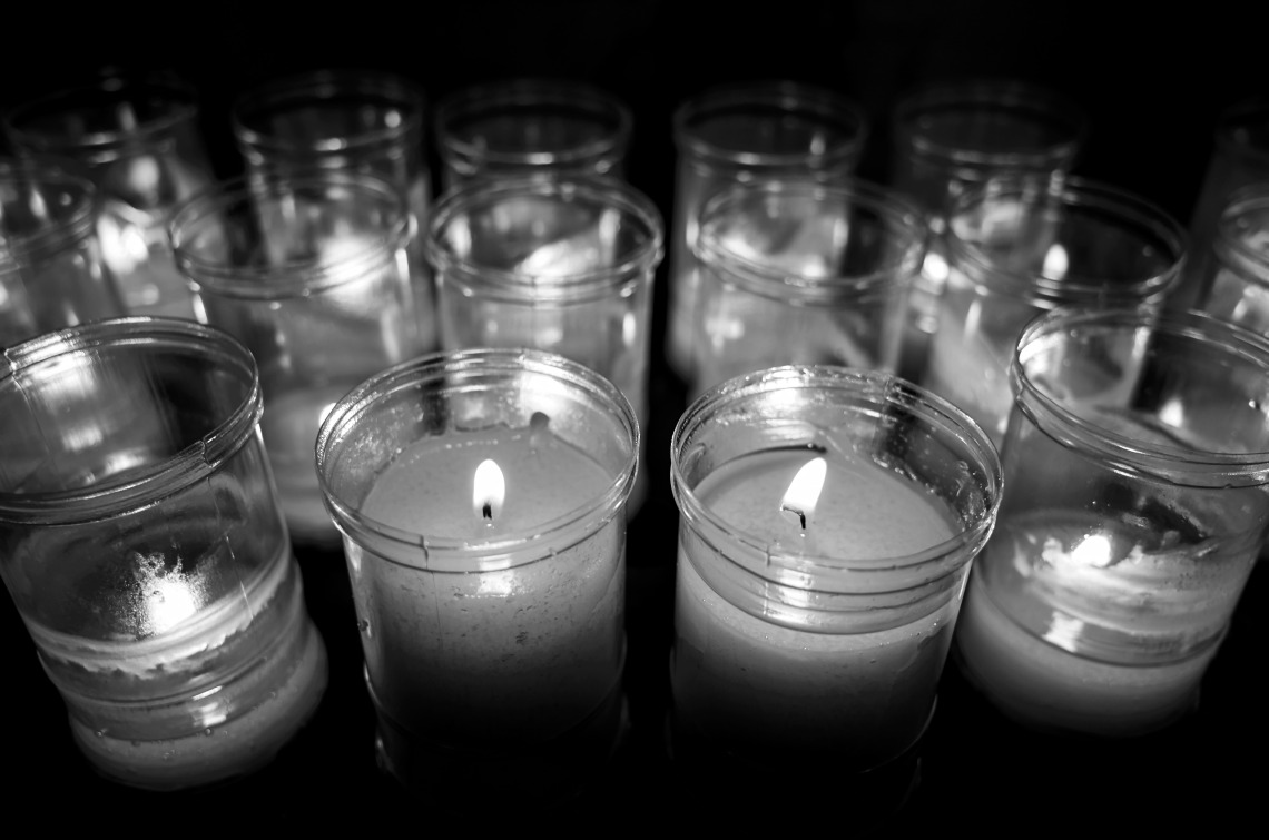 Candles at the Eglésia Mare de Diú de Montsió, Rambla de Catalunya, Barcelona