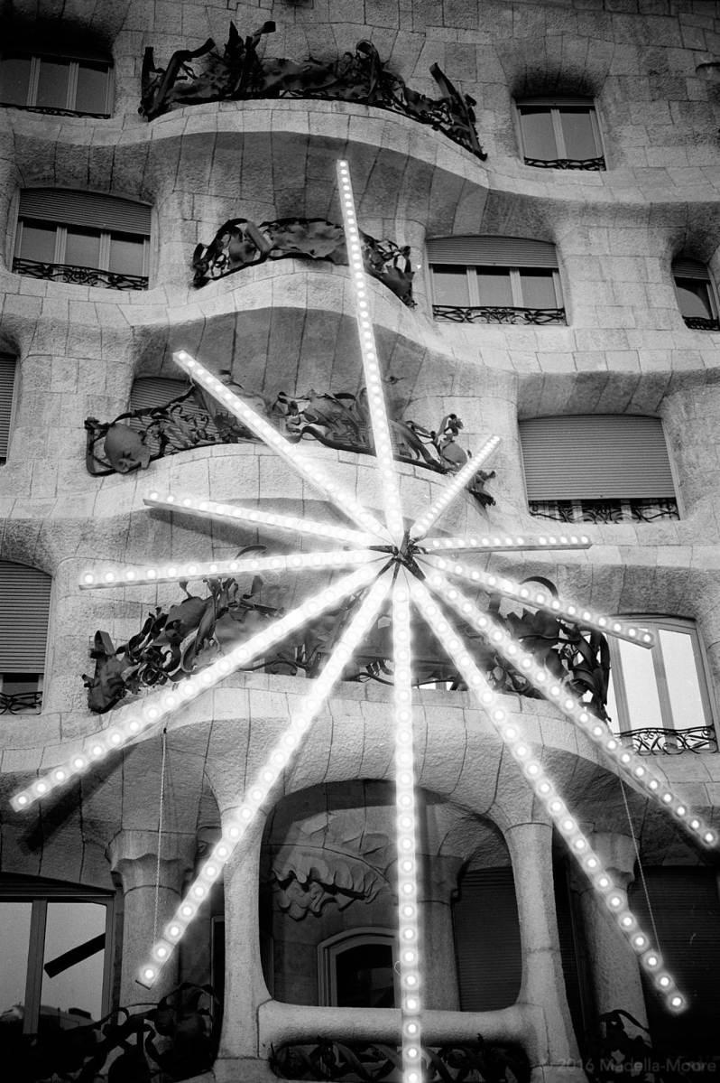Star decoration, La Pedrera, Barcelona
