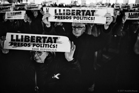 Protest in support of the politicians currently on remand after declaring independence, Plaça Sant Jaume, Barcelona.