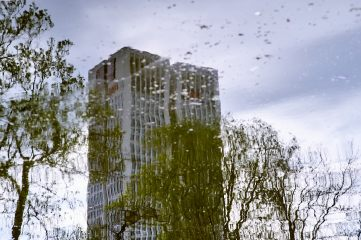 UBS Upside down and under water (appropriately enough), Frankfurt