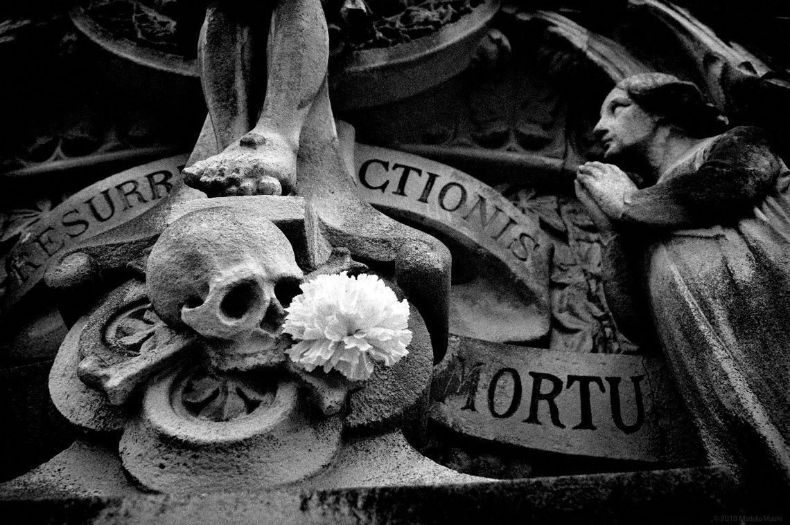 Tomb, Montjuic.
